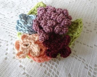Romantic crocheted brooch #4- crocheted flowers, crochet flower brooch, flower pin, crochet bouquet, flower art, broach