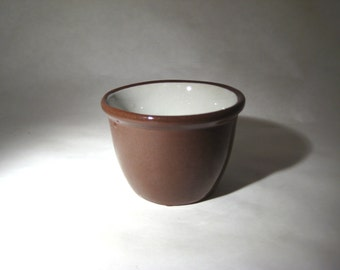 Weller Ceramic Custard Cup Brown and White