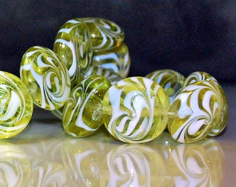 4 pcs 19mm Transparent Peridot Lime with Opaque White Swirls Lentil Beads