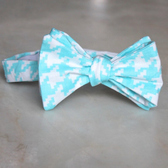 Bow tie for Men or Boys in Big Bright Turquoise Houndstooth- Groomsmen and wedding tie - clip on, pre-tied with strap or self tying