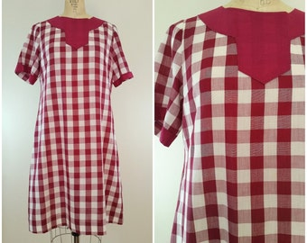 Vintage 1960s Dress / Burgundy and White Checkered Dress / Sack Dress / Large