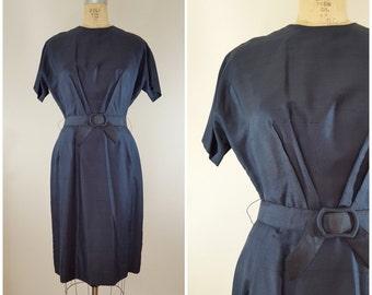 Vintage 1950s Dress / Wiggle Dress / Navy Blue / Silk Linen Dress / Belted Dress / Medium