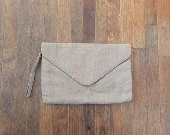 """FREE SHIPPING//vintage tan taupe tweed """"sound of music"""" ipad clutch"""