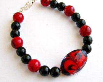 Red and black, Lampwork bracelet, Beaded bracelet, Mottled beads, Marbled bracelet, Glass pearls, Red focal bead, Lampwork jewelry,