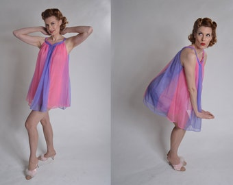 Vintage 1960s Babydoll Nightie Nightgown - Color Blocked Pink Purple - Tosca Lingerie Size M