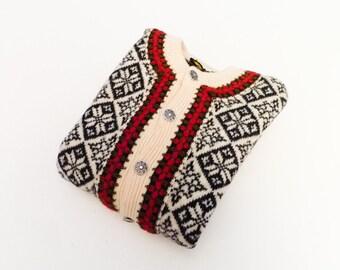 Vintage Nordic cardigan sweater / wool woolen / cream black red / snowflake / womens ladies / thick  warm / winter / medium
