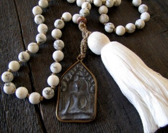Mala Beads Hand Knotted Mala Howlite Mala Calming Healing Jewelry Yoga Mala Grounding Tassel Necklace Meditation Beach Jewelry Prayer Beads
