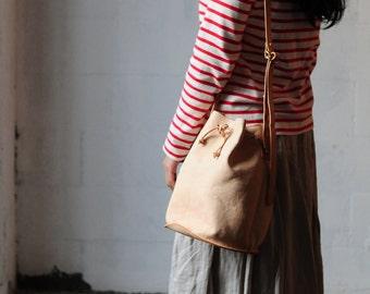 Artemis Leatherware Hand Stitched Leather Bucket Bag/ Shoulder Bag/ Handbag/ Carry on Bag