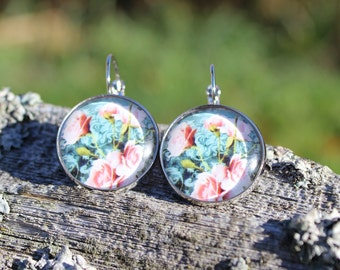 Mignons pendants d'oreilles fleuri // Cute glass cabochon flower   (BO-872)