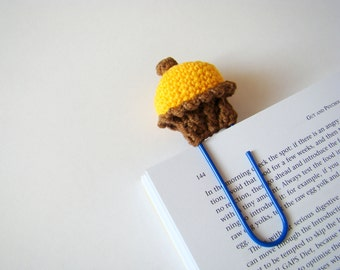 Crochet cupcake crochet bookmark planner clips office gift ideas teacher gift idea paper clip yellow cupcake daily planner accessories