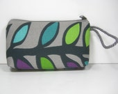 Horizontal Leafy Vine, Montego Wristlet Wallet Cosmetic Pouch