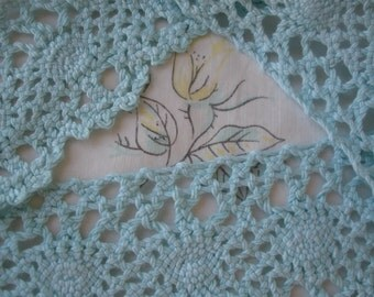 """Cotton Cluny Lace trim Mint Green BTY yards 2"""" wide lace scalloped edge crochet look retro yardage soft and pliable"""