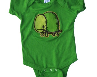 turtle baby one piece body suit, turtle baby apparel, turtle infant jumper, turtle romper, baby gift, baby shower gift, onesie