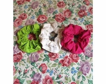 Set of 2 90s Scrunchies