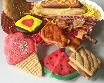 Pre-Order BBQ Cookout Dog Treat Box - Summer Fun in the Sun - Treats for Dogs - Burger - Free Toy Included