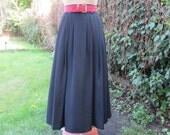 Long Skirt Vintage / Black / Size EUR 44 /46/ X UK 16 / 18 / Silky Poly