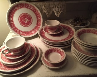 Syracuse vintage restaurant ware china pink red floral Strawberry Hill scalloped edge #7 available