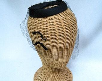 Vintage Ladies Halo Hat Black Satin Velvet Bows Veil Fascinator