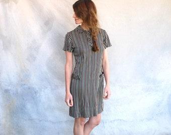 1960s mod polyester striped mini dress - retro school girl short sleeved shift dress - S / M
