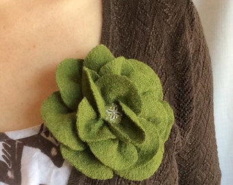 Olive Green brooch in wool viscose blend handmade corsage