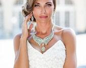 Backdrop crystals necklace. Bridal pearl necklace. Backdrop necklace. Back necklace pearls. Crystal necklace. Wedding necklace.