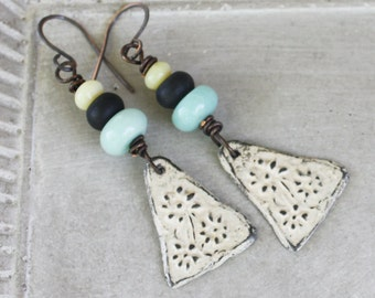Aged Ivory Gothic FlowerEarrings - Handcast Pewter - Oxidized Copper Wire Wrapped Earrings, gothic earrings, floral earrings, white earrings