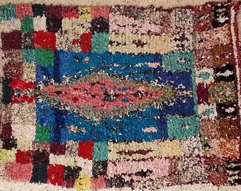 FREE SHIPPING WORLDWIDE TT21117 vintage boucherouite rug, moroccan rugs , rag rug, berber tribal art, morocco carpets, wall art