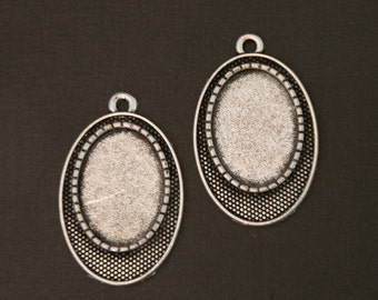 Oval DIY Jewelry making pendant setting silver plated great for earrings, necklaces or other altered art projects. FREE shipping offer in US