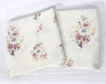 Pair (2) of vintage sheet pillowcases - white and mauve daisies