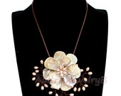 Natural Freshwater Pink Pearl  shell Flower Necklace  sister gift, friend gift, mothers gift, wedding gift Statement Necklace