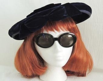 Classic Vintage Black Velvet Saucer Hat 1940's 1950's