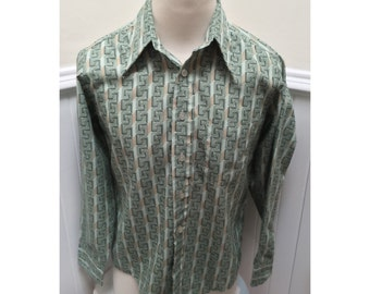 Vintage 1970s Green Patterned Button Down Shirt -