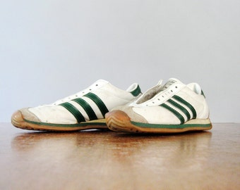 """Vintage Adidas """"Country Girl"""" Tennis / Running Shoes 1970's French Trainers"""