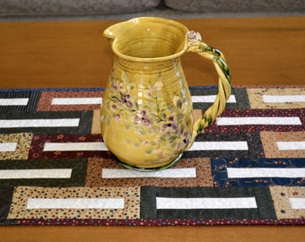 Patchwork Keyhole Table Runner Kansas Troubles Moda