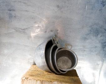 Vintage Kitchen Metal Measuring Cup Set of 4
