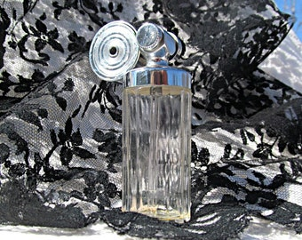 Marcel Franck Perfume Atomizer Fragrance Bottle Collectible Perfume Bottle Decor Fragrance Spray Bottle Feminine Decor