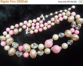 Now On Sale Vintage Pink Lucite Beaded Necklace Mad Men Mod 1950's Retro Jewelry Martini Mermaid