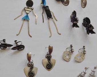 8 prs Mixed earrings lot - Roz Balkin Barbara SUCHERMAN Aluminum Sterling Modernist Studio Artisan Earrings