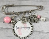 Grammy To Be Pin, FREE Key Ring, New Baby, Baby Girl, Baby Boy, New Grandma Gift, Mother Gift, Mimi, Nana, MoM, Godmother