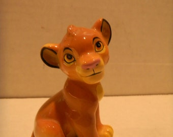 ADORABLE..Disney Lion King Figurine..Simba