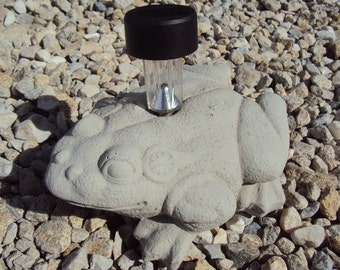 Frog With Solar Light Holder, Large