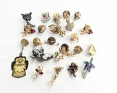 lot religious angels pins all wearable assorted assemblage 23  pcs lot J12
