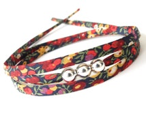Small gift for niece, pretty fabric wrap with silver focal beads, modern every day bracelet for women, red black and yellow floral pattern