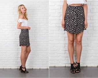 Black Mini Skirt Vintage 80s Hawaiian Floral Print Medium M 8160