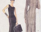 1998 I Mean Business Sheath Dress Vintage Pattern, Very Easy Vogue 9945, Side Zip, Princess Seams, Back Hem Pleats, Sleeveless, Sleek