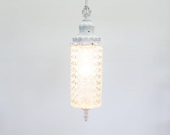 Vintage Pendant Light / Hanging Swag Lamp, Shabby Chic / Art Deco