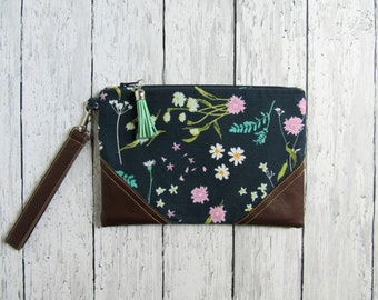 Navy floral zipper bag | Floral clutch | Botanical wristlet | Floral leather clutch | Flower zipper pouch | Makeup bag