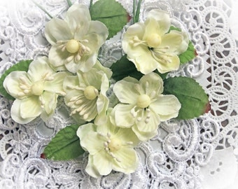 Reneabouquets Flower Set Of 6 - Winter White Blossoms Artificial Fabric Flowers