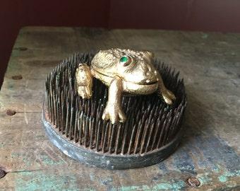 Vintage Goldtone Frog Saccharine Holder/ Snuff Box/ Trinket Box/ Pill Box