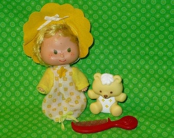 """Vintage Strawberry Shortcake BUTTER COOKIE & Jelly Bear Doll with Red Comb 4"""" tall"""